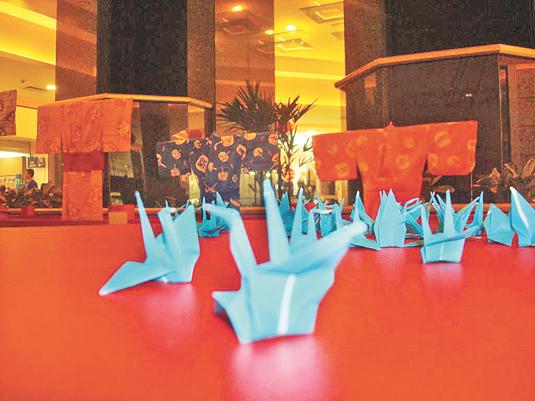Além da exposição de objetos, haverá oficinas de Origami, até o encerramento do evento, em 9 de outubro