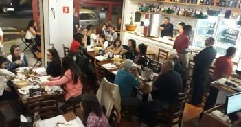 Cardápio de novo bar na Luís Góis surpreende