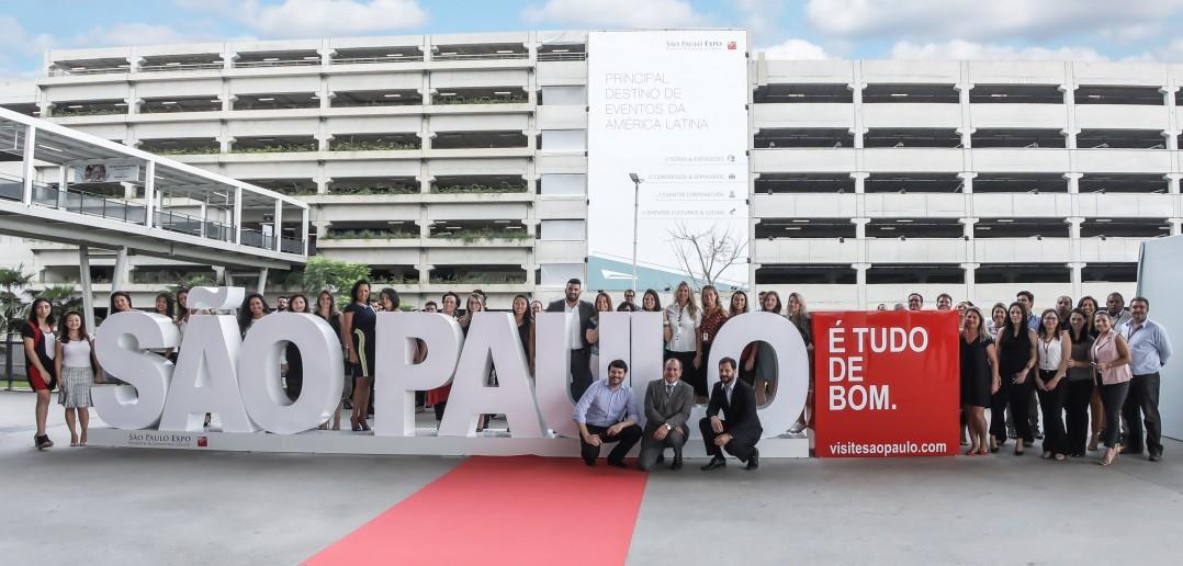 Escultura foi inaugurada dia 26 de março, no estacionamento do São Paulo Expo, no Jabaquara