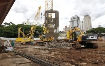 Córrego Ipiranga está em obras para minimizar enchentes. Foto: Secom/Prefeitura