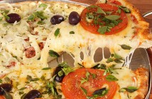 Padaria da Vila Mariana tem pizza pedaço, no salão ou delivery